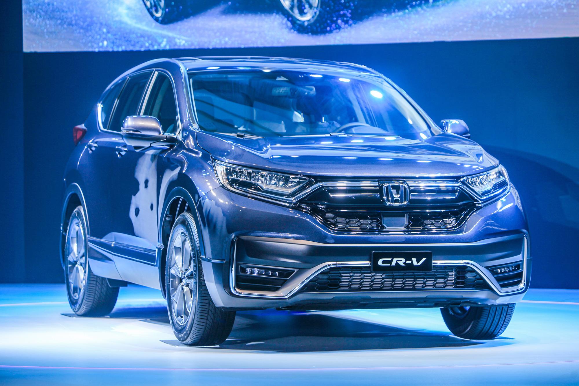 Những mẫu xe được giảm giá mạnh trong tháng cuối năm - Ảnh 1.