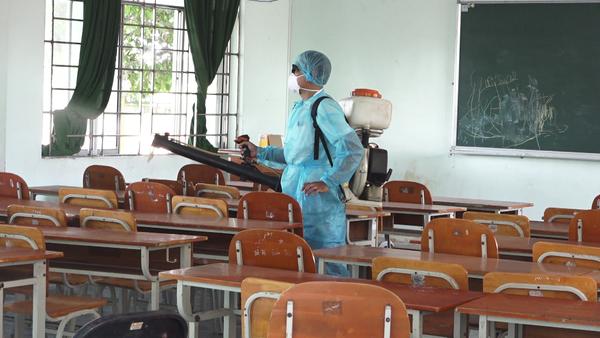 Học sinh Nghệ An sắp đi học trở lại - Ảnh 1.