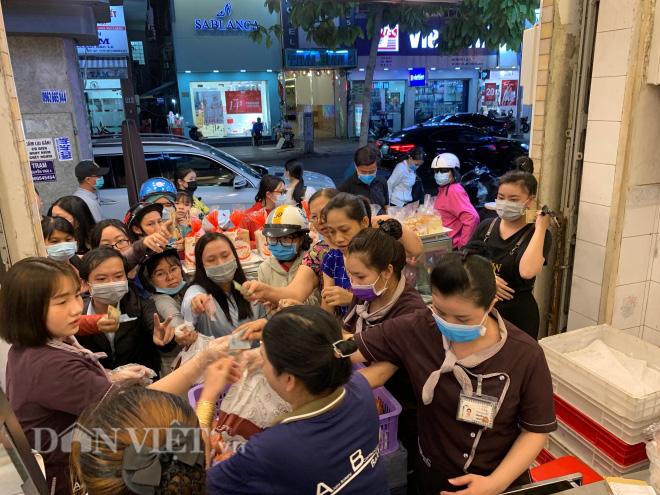 Độc đáo: Bánh mì thanh long chỉ có ở Việt Nam - Ảnh 6.