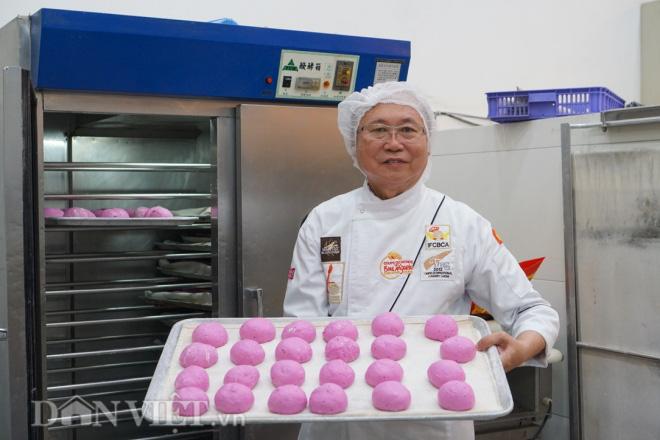 Độc đáo: Bánh mì thanh long chỉ có ở Việt Nam - Ảnh 1.