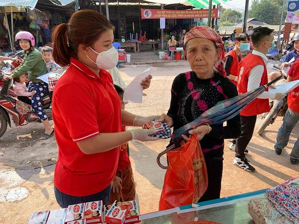 Nậm Pồ - Điện Biên: Những con người mang trái tim chữ thập đỏ giữa mùa dịch Corona - Ảnh 4.