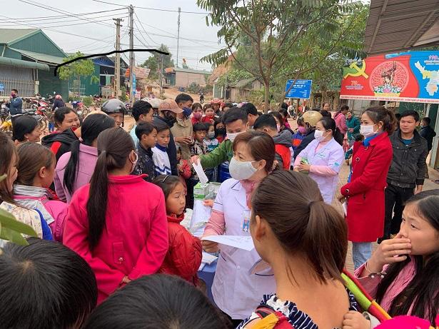 Nậm Pồ - Điện Biên: Những con người mang trái tim chữ thập đỏ giữa mùa dịch Corona - Ảnh 1.