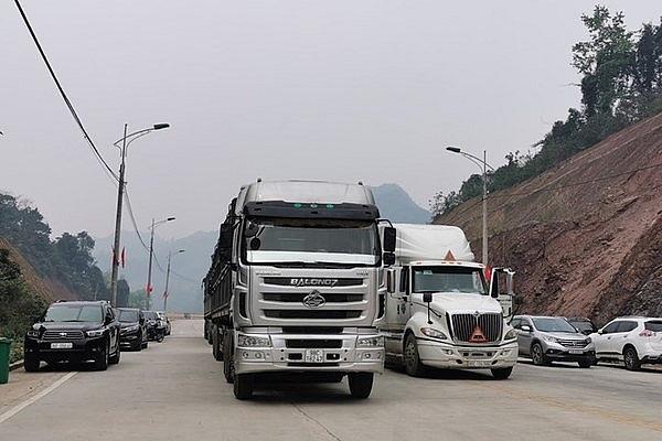 Thông quan 171 xe hàng hóa, nông sản qua cửa khẩu Hữu Nghị - Ảnh 1.