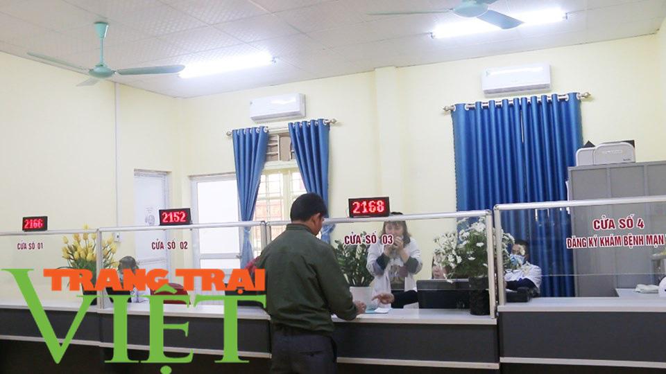 Bệnh viện Đa khoa Mai Sơn: Không ngừng đổi mới vì sự hài lòng của người bệnh  - Ảnh 3.