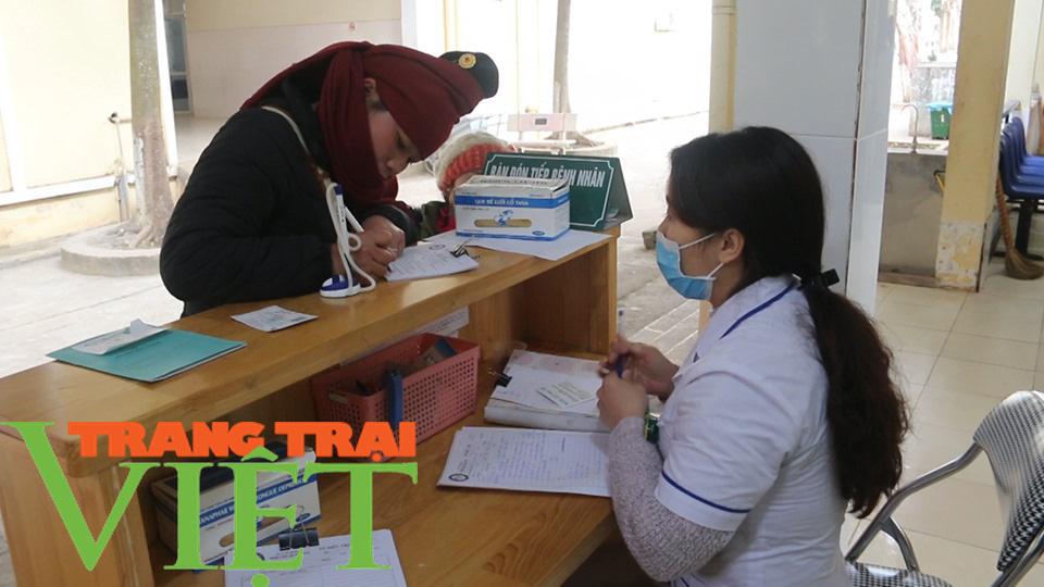 Bệnh viện Đa khoa Mai Sơn: Không ngừng đổi mới vì sự hài lòng của người bệnh  - Ảnh 1.