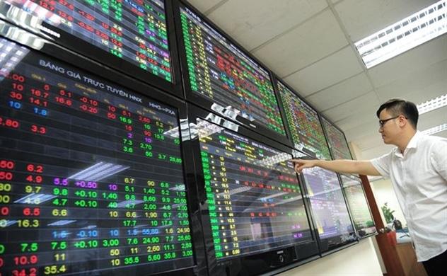 Được cổ phiếu nhà giàu giải cứu, VN-Index tăng điểm phút chót - Ảnh 1.