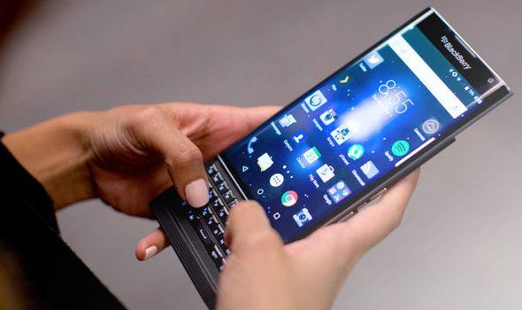 BlackBerry sắp bị khai tử? - Ảnh 1.