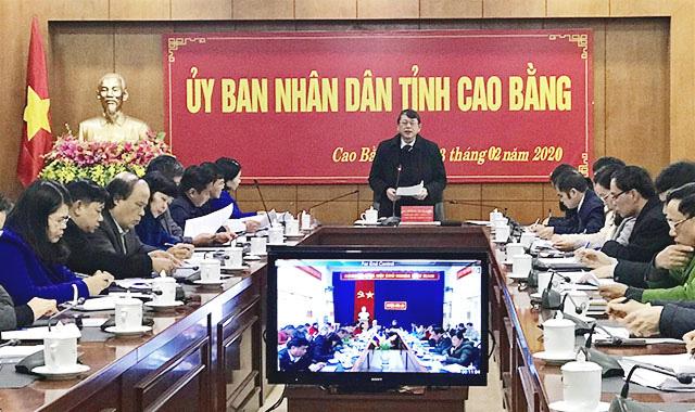 Cao Bằng: Vừa chống nCoV, vừa lo tính chuyện bù thu ngân sách - Ảnh 1.