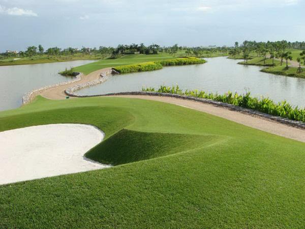 Sân golf Vân Trì bị đóng cửa do Covid-19: Phí 3 tỷ, giới hạn 400 hội viên - Ảnh 1.