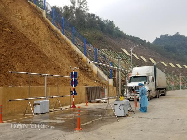 Vẫn tồn hơn 100 container hàng hóa tại các cửa khẩu biên giới Cao Bằng  - Ảnh 3.