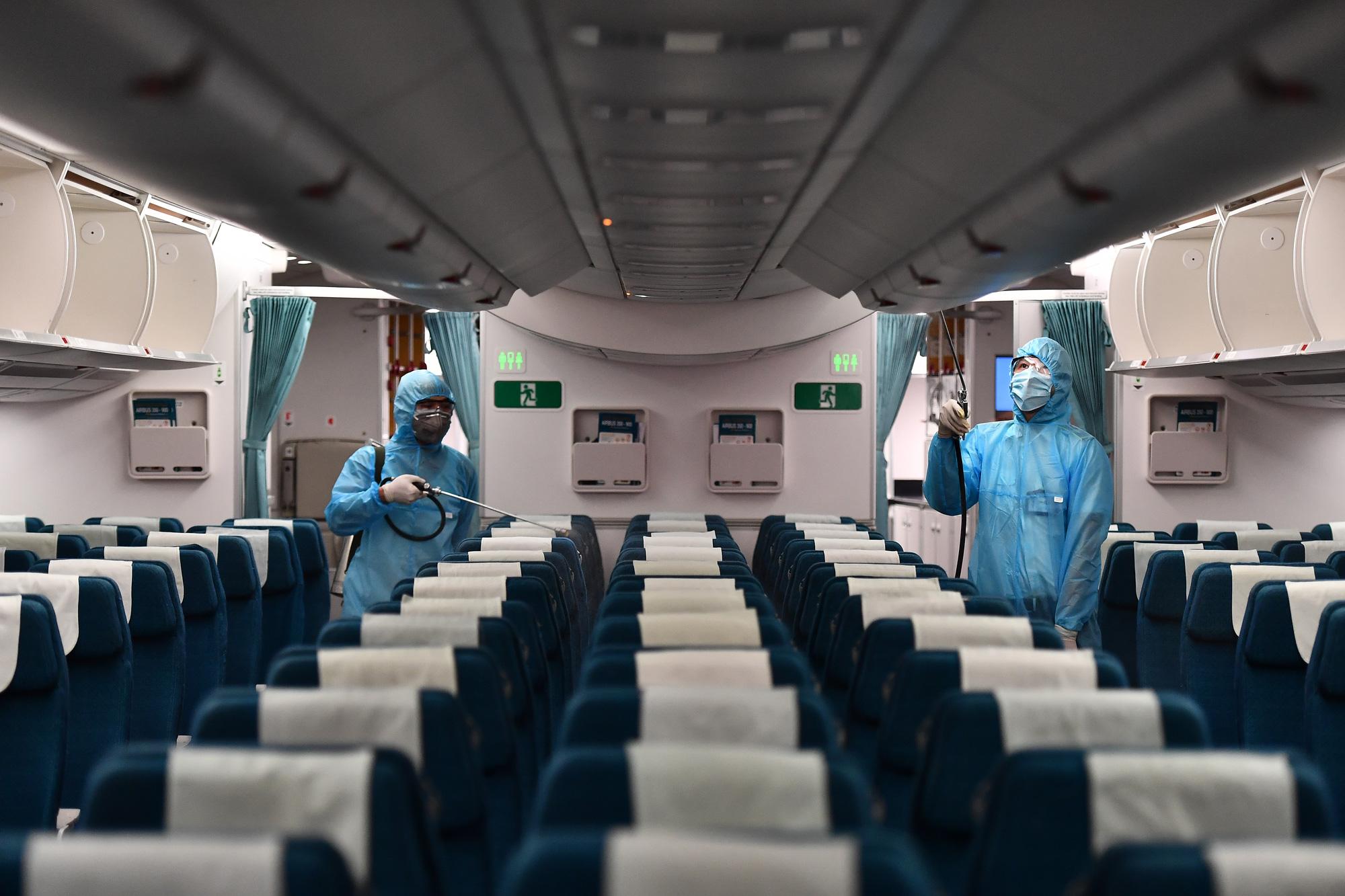 Vietnam Airlines lên tiếng về thông tin sử dụng phi công Pakistan - Ảnh 1.