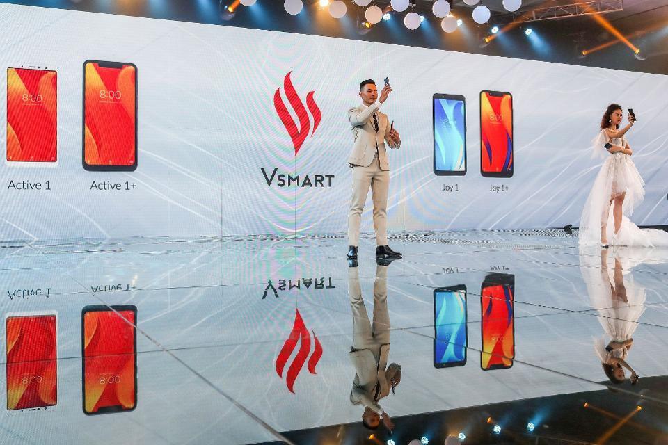 Điện thoại Vsmart đang chiếm thị phần của các hãng điện thoại Trung Quốc - Ảnh 1.