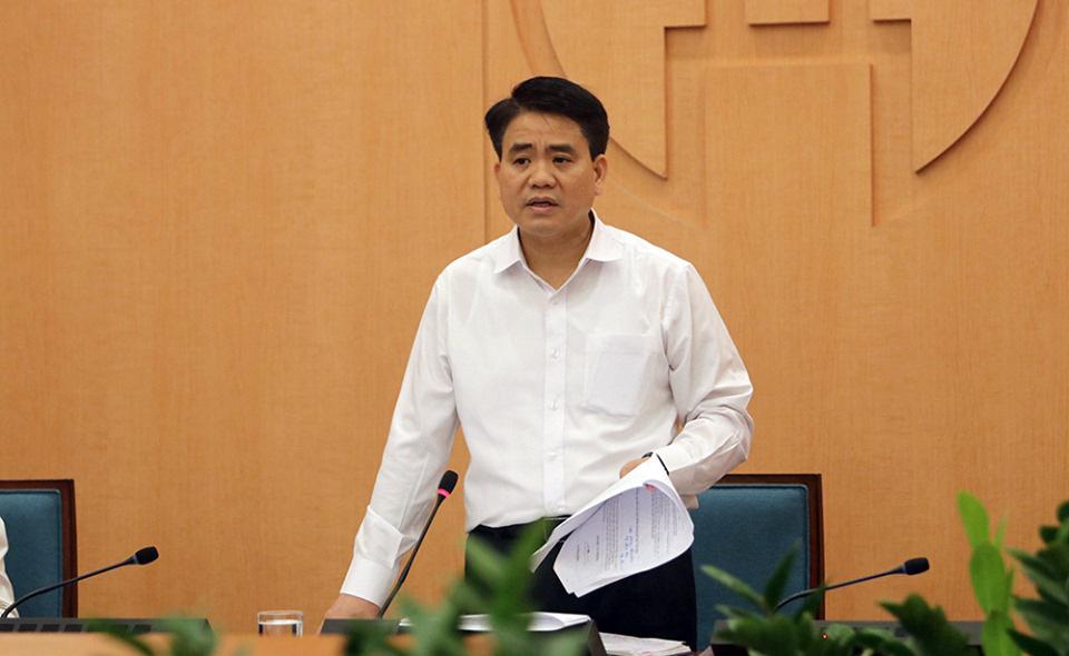 """Chủ tịch Hà Nội: """"không tụ tập quá 20 người, yêu cầu đeo khẩu trang, khoảng cách tối thiểu 2m giữa người với người"""" - Ảnh 1."""