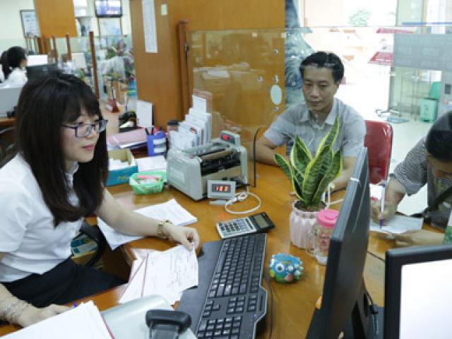 """Dịch Covid-19: Ngân hàng """"giải cứu"""" doanh nghiệp, tiêu chí nào quyết định? - Ảnh 1."""