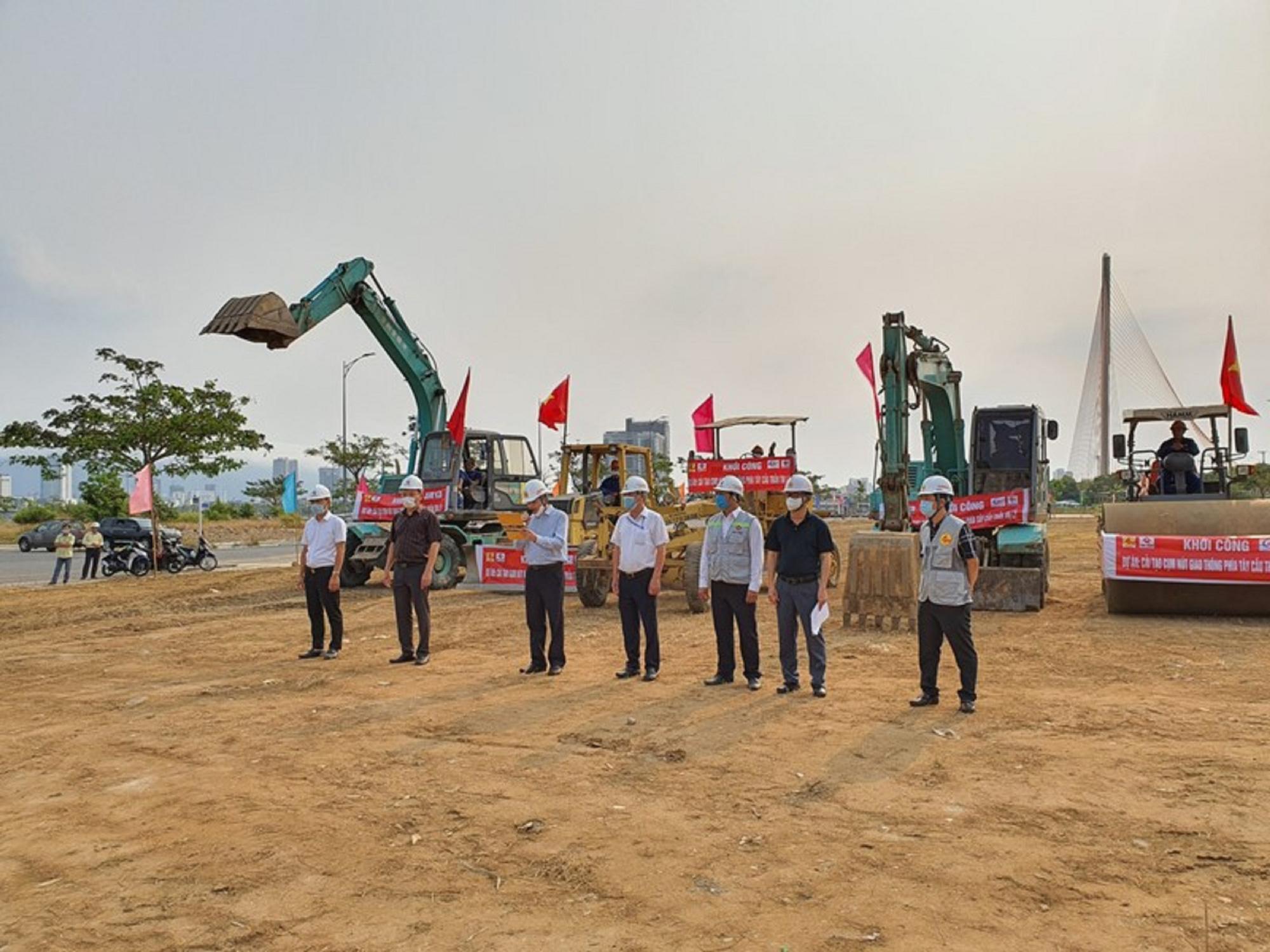 Đà Nẵng khởi công nút giao thông 3 tầng hơn 723 tỷ đồng - Ảnh 1.