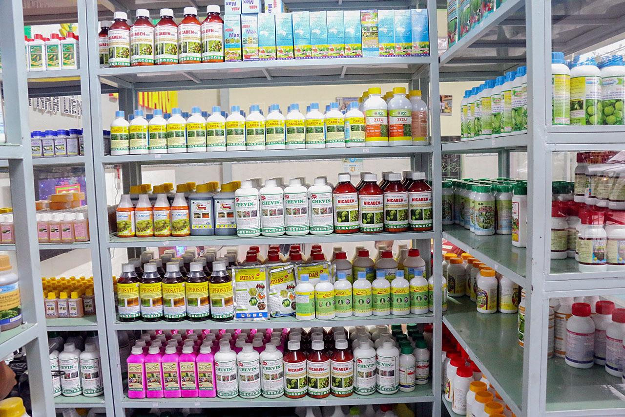 Đề xuất bán hơn 250 tấn thuốc bảo vệ thực vật tồn kho - Ảnh 1.