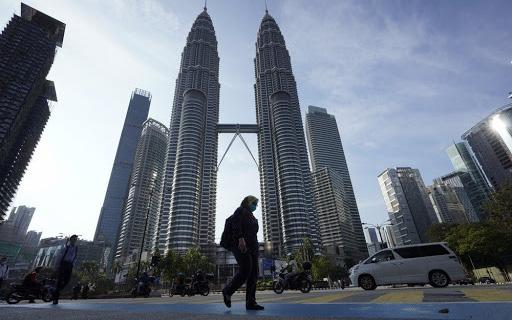 Malaysia giới hạn giờ hoạt động của nhà hàng, siêu thị do dịch virus corona
