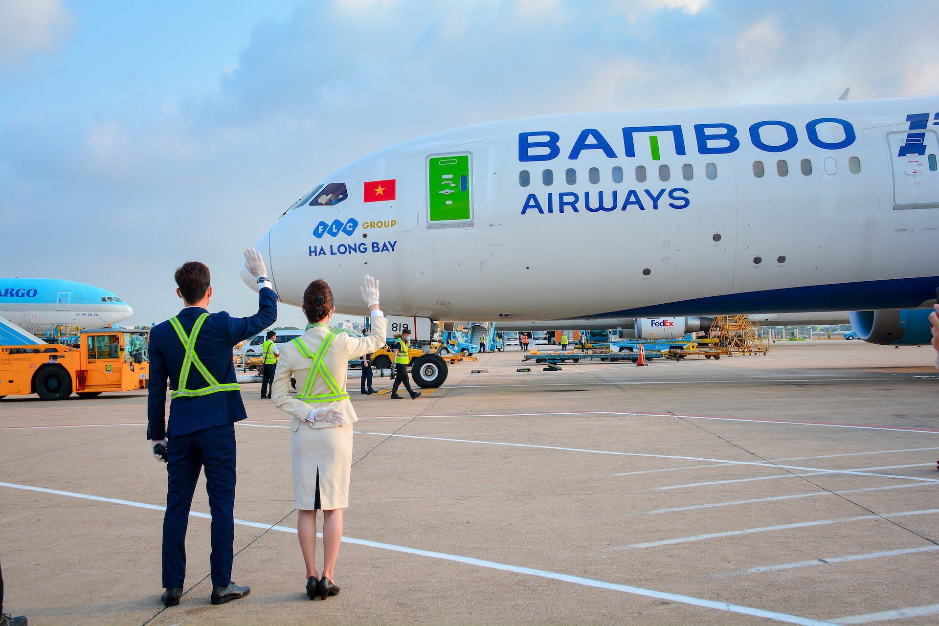 """Bị 'tuýt còi' vì bán vé vượt slot, Bamboo Airways """"tố"""" Bộ GTVT lãng phí slot - Ảnh 1."""