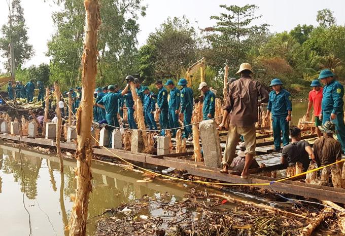 Cà Mau: Hạn, mặn đe dọa hệ thống cống thủy lợi vùng ngọt hóa - Ảnh 2.