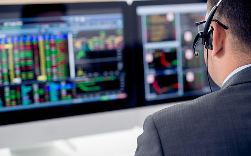 Thị trường chứng khoán 31/3: Blue-chips kéo sụp VN-Index