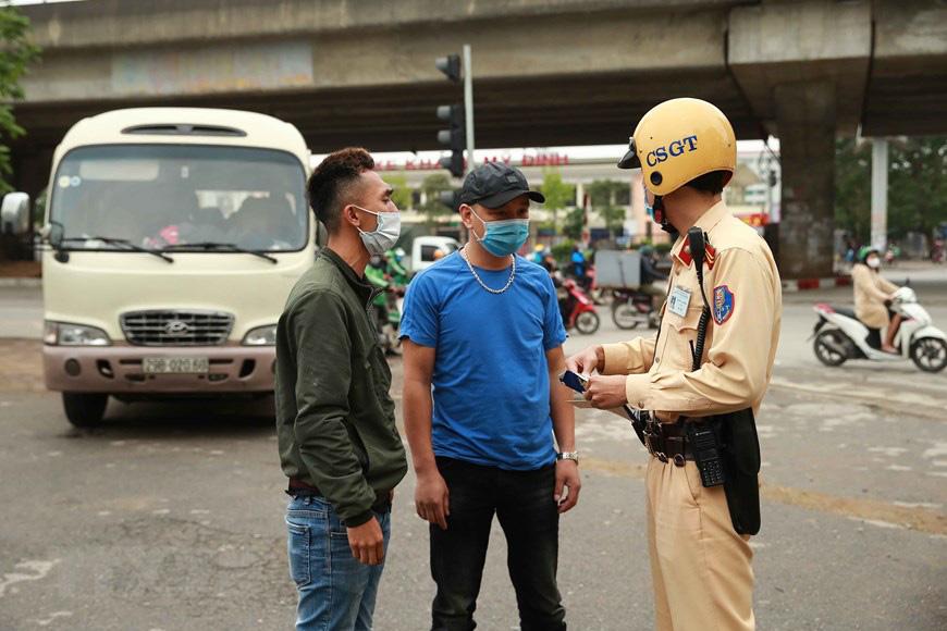 Phó Cục trưởng CSGT nói về tiêu cực khi xử phạt vi phạm giao thông trực tuyến - Ảnh 2.