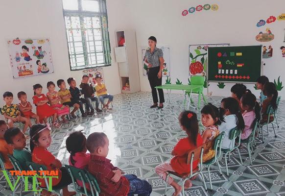 Hiệu quả công tác xã hội hóa giáo dục ở Mường La - Ảnh 3.