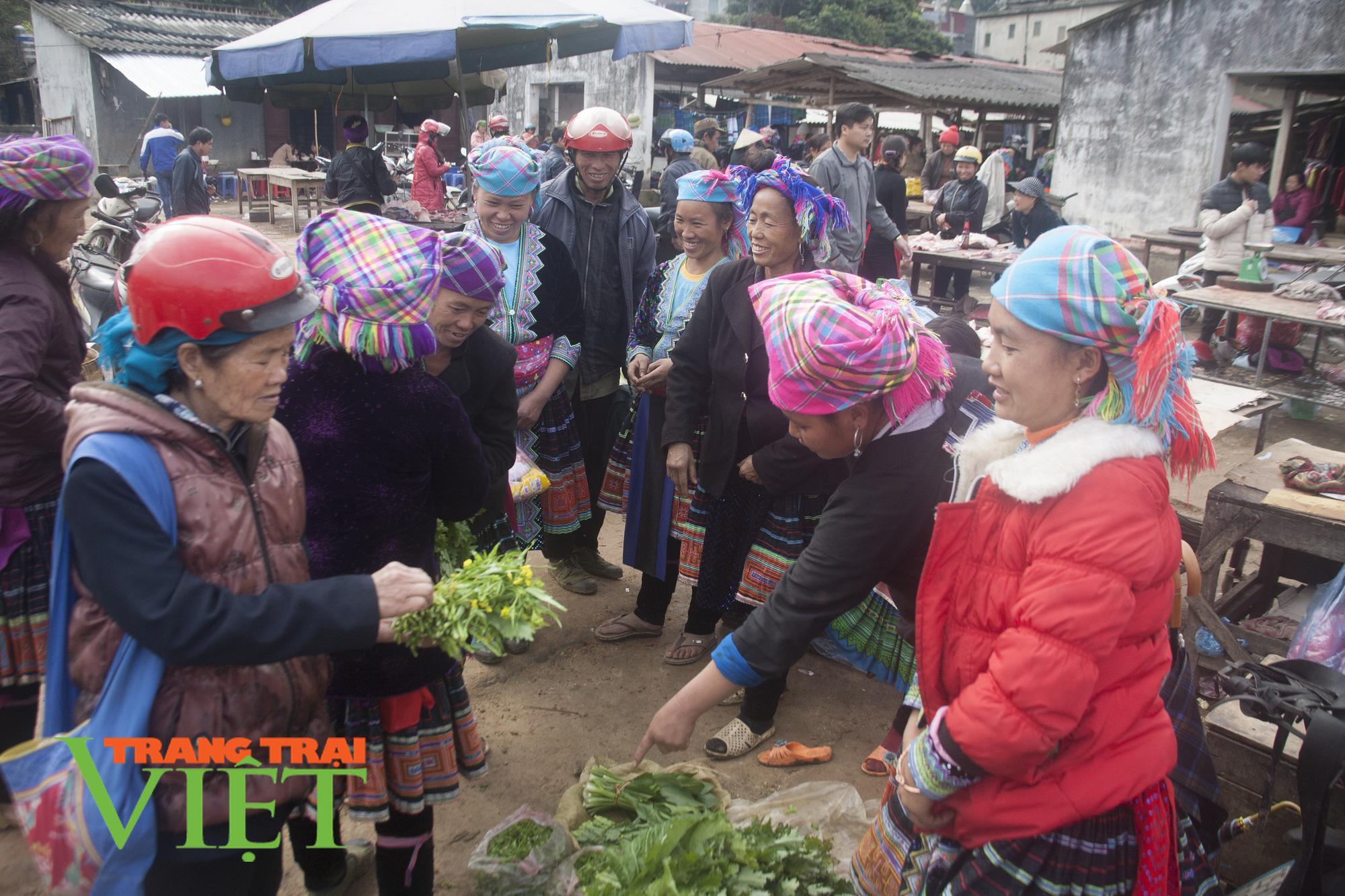 Thành phố Lai Châu chú trọng phát triển dịch vụ du lịch - Ảnh 3.