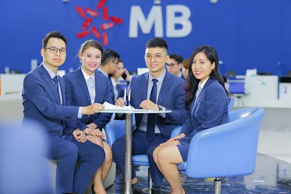 """MBB: """"Hụt hơi"""" lợi nhuận, tỷ lệ nợ xấu tại công ty con MCredit gấp 3,5 lần ngân hàng mẹ - Ảnh 1."""