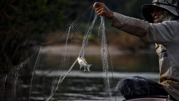 Trung Quốc bác bỏ việc gây hạn ở hạ lưu sông Mê Kông, ảnh hưởng đến sinh kế hàng triệu người - Ảnh 1.