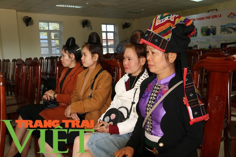 Hội Nông dân Sơn La cầm tay chỉ việc hội viên phát triển kinh tế - Ảnh 3.