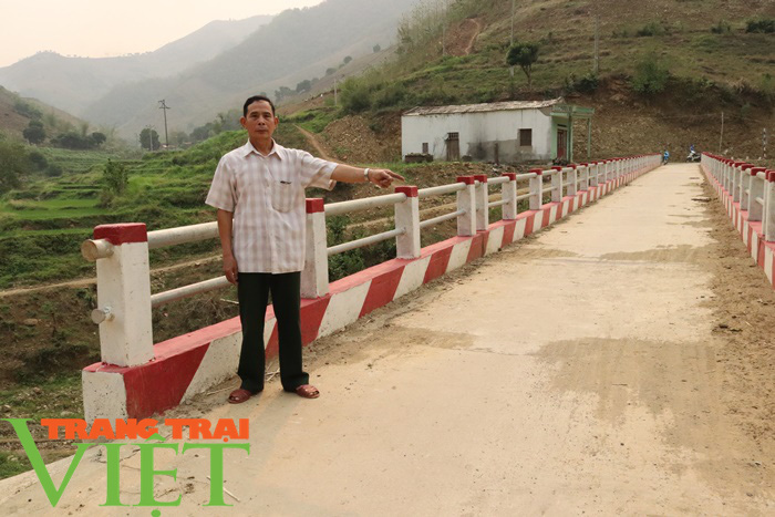Nông thôn mới Sơn La: Lan tỏa phong trào hiến đất làm đường ở Tạ Bú - Ảnh 2.