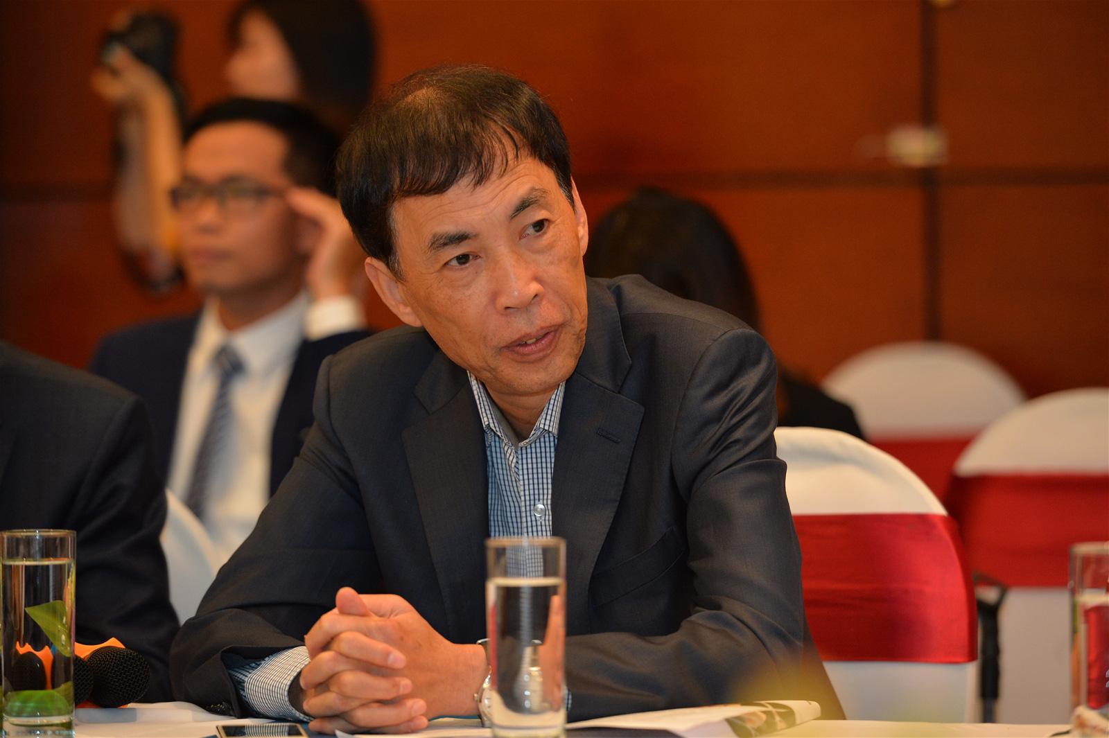 TS Võ Trí Thành: Người trẻ Việt rất thức thời với xu hướng trong dịch Covid-19 - Ảnh 1.