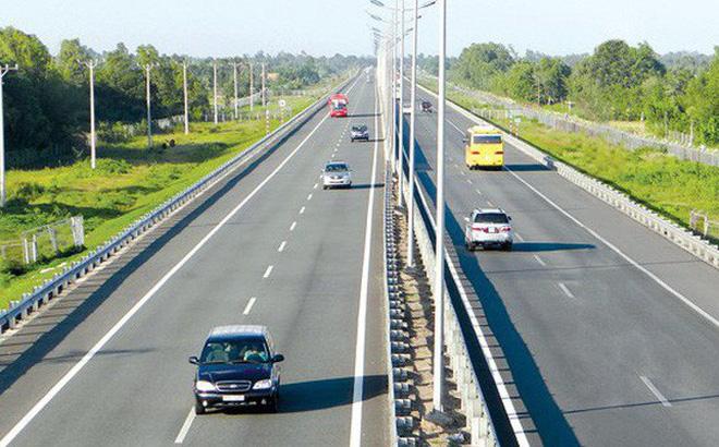 Xin chuyển 8 đoạn cao tốc Bắc - Nam từ PPP sang đầu tư công - Ảnh 1.