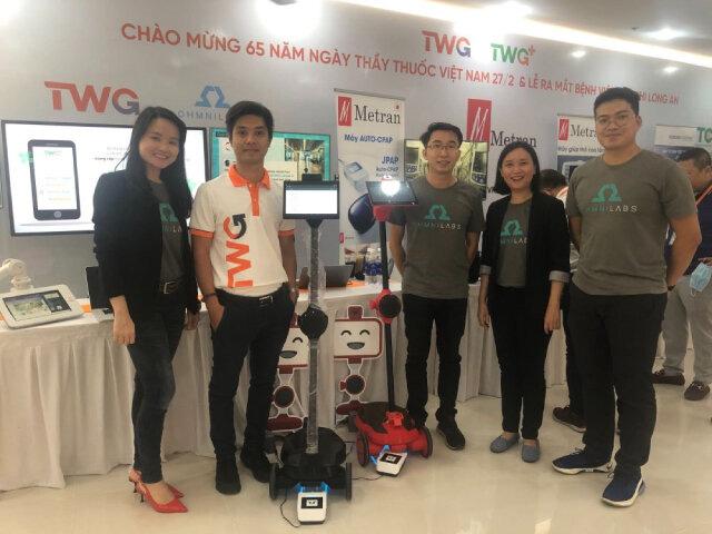 Startup Việt ở thung lũng Silicon chế tạo robot chăm sóc bệnh nhân Covid-19 - Ảnh 1.
