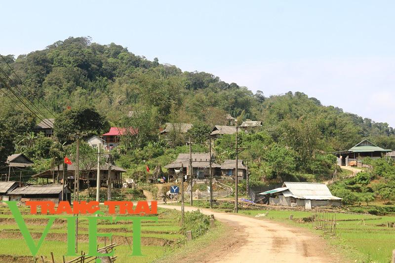 Mai Châu nâng cao nhận thức người dân xây dựng nông thôn mới - Ảnh 2.