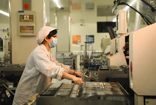 Khi thị trường lao động Mỹ phục hồi rực rỡ, Trung Quốc cần tăng trưởng GDP 3% mới đạt mục tiêu việc làm - Ảnh 1.
