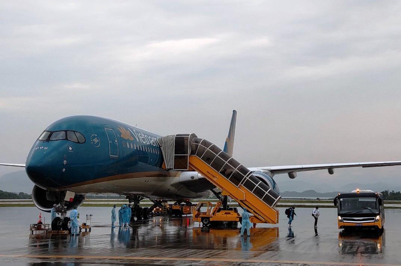 Quảng Ninh mở lại hoạt động du lịch nội tỉnh - Ảnh 2.