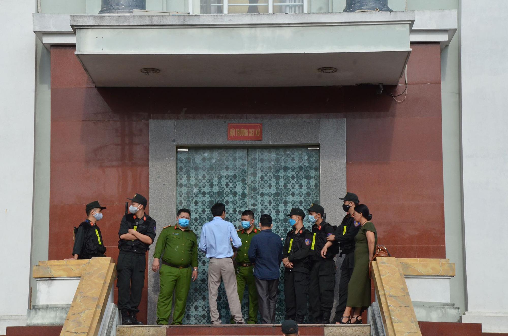 Hình ảnh đầu tiên của Đường Nhuệ sau 32 ngày bị bắt - Ảnh 5.