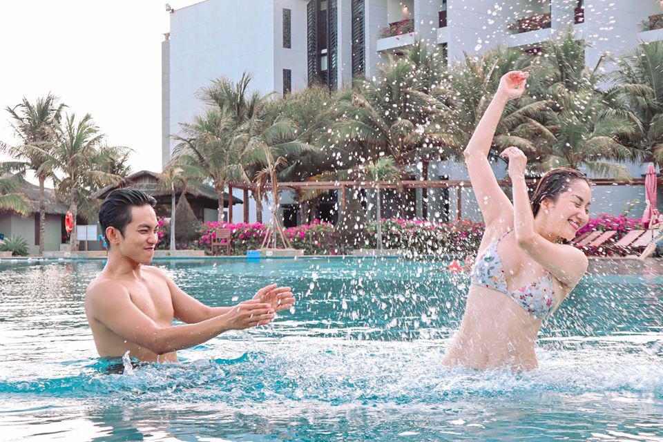 Tuổi U40, Khánh Thi vẫn mặc bikini đẹp hút mắt khiến Phan Hiển đắm đuối không rời - Ảnh 7.