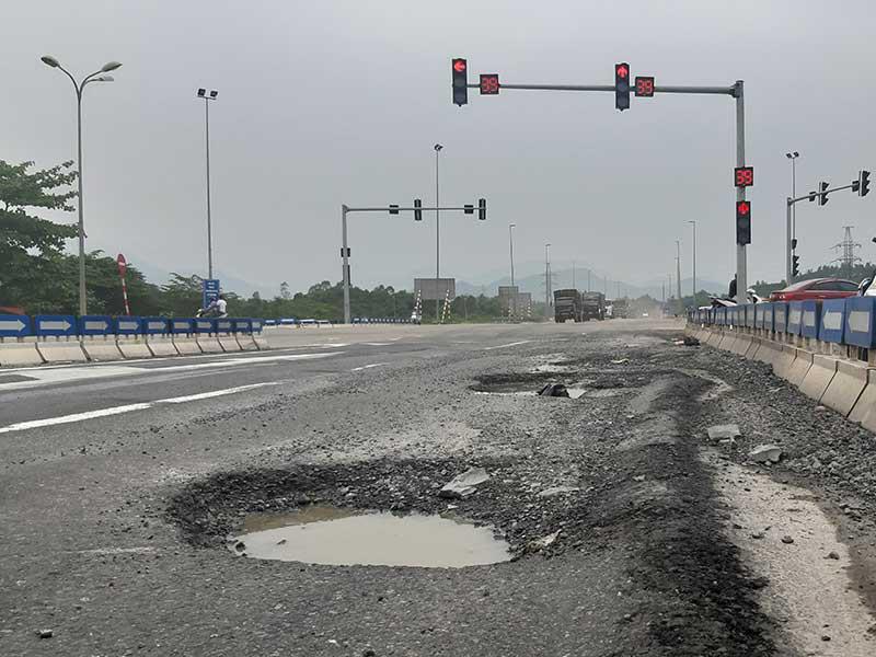 Bộ Công an mở rộng điều tra tới đối tượng có liên quan cao tốc Đà Nẵng - Quảng Ngãi  - Ảnh 1.