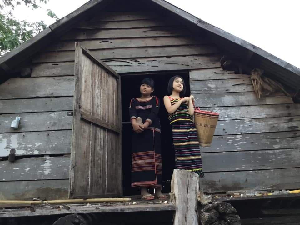 Kể chuyện làng: Làng của những ngôi làng đóng cửa - Ảnh 1.