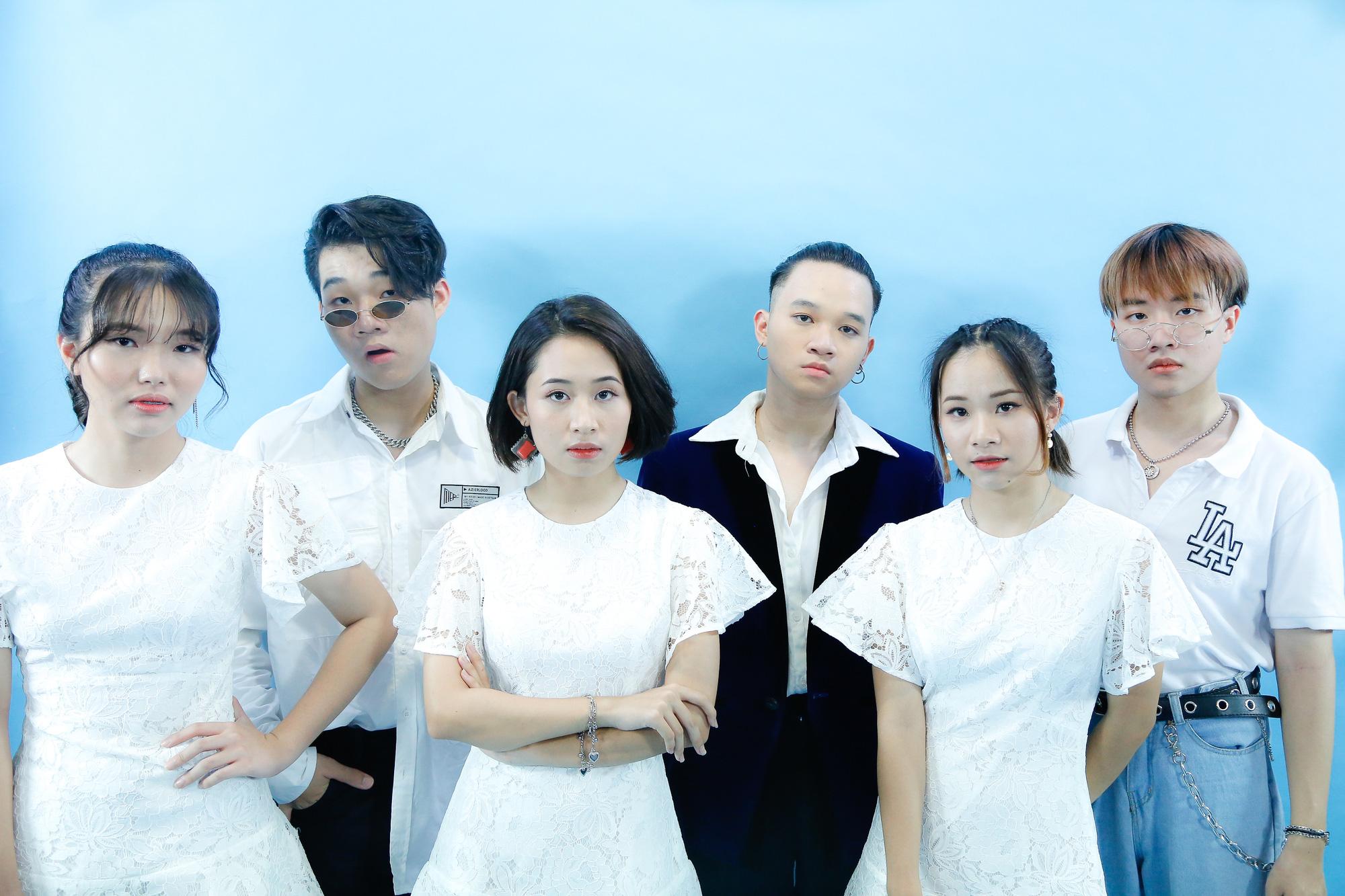 """Con nuôi MC Quyền Linh truyền thông điệp tích cực """"Cùng thổi bay Cô Vy"""""""