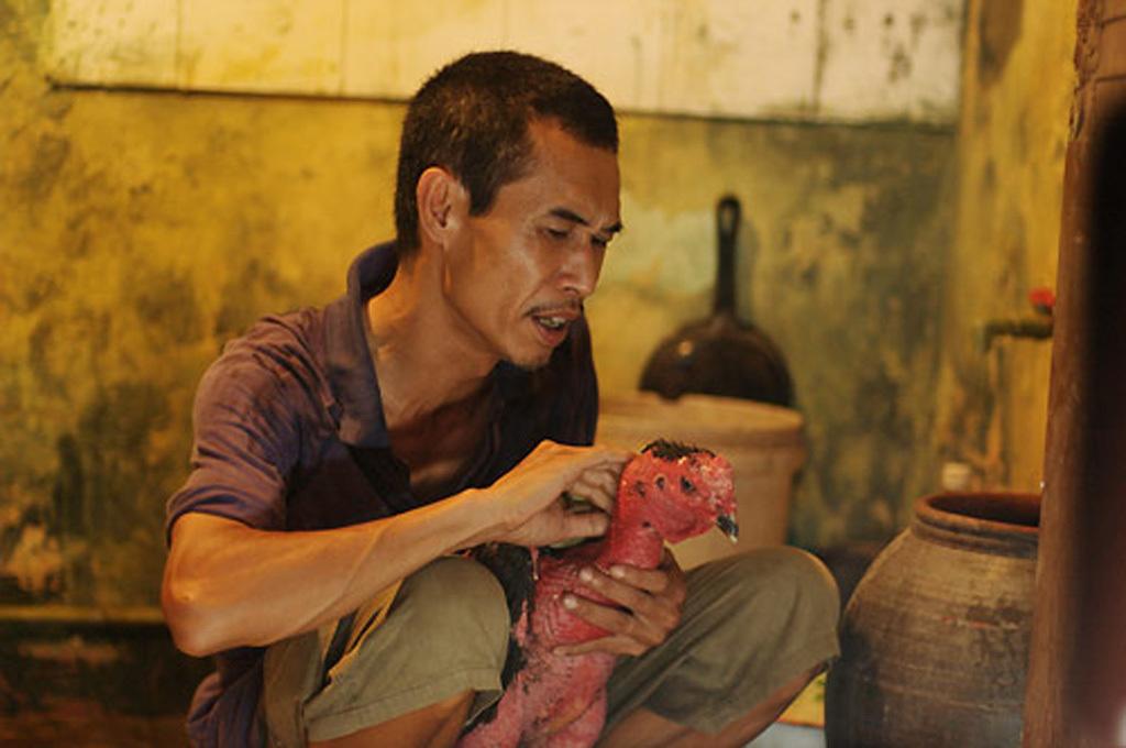 NSƯT Phú Đôn chia tay Nhà hát kịch Việt Nam sau 40 năm gắn bó - Ảnh 2.