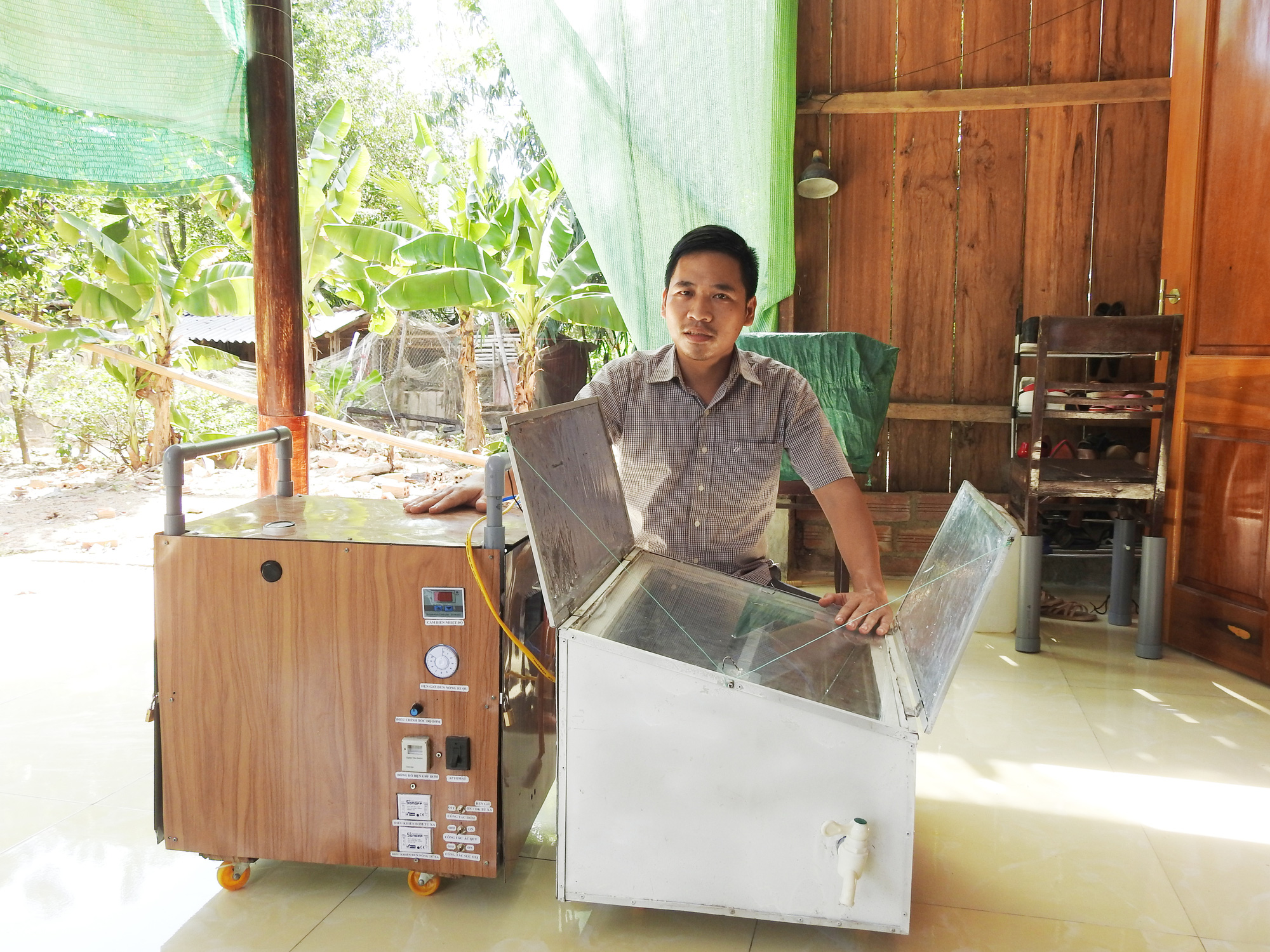 Quảng Bình: Thầy giáo trẻ đam mê nghiên cứu khoa học - Ảnh 5.