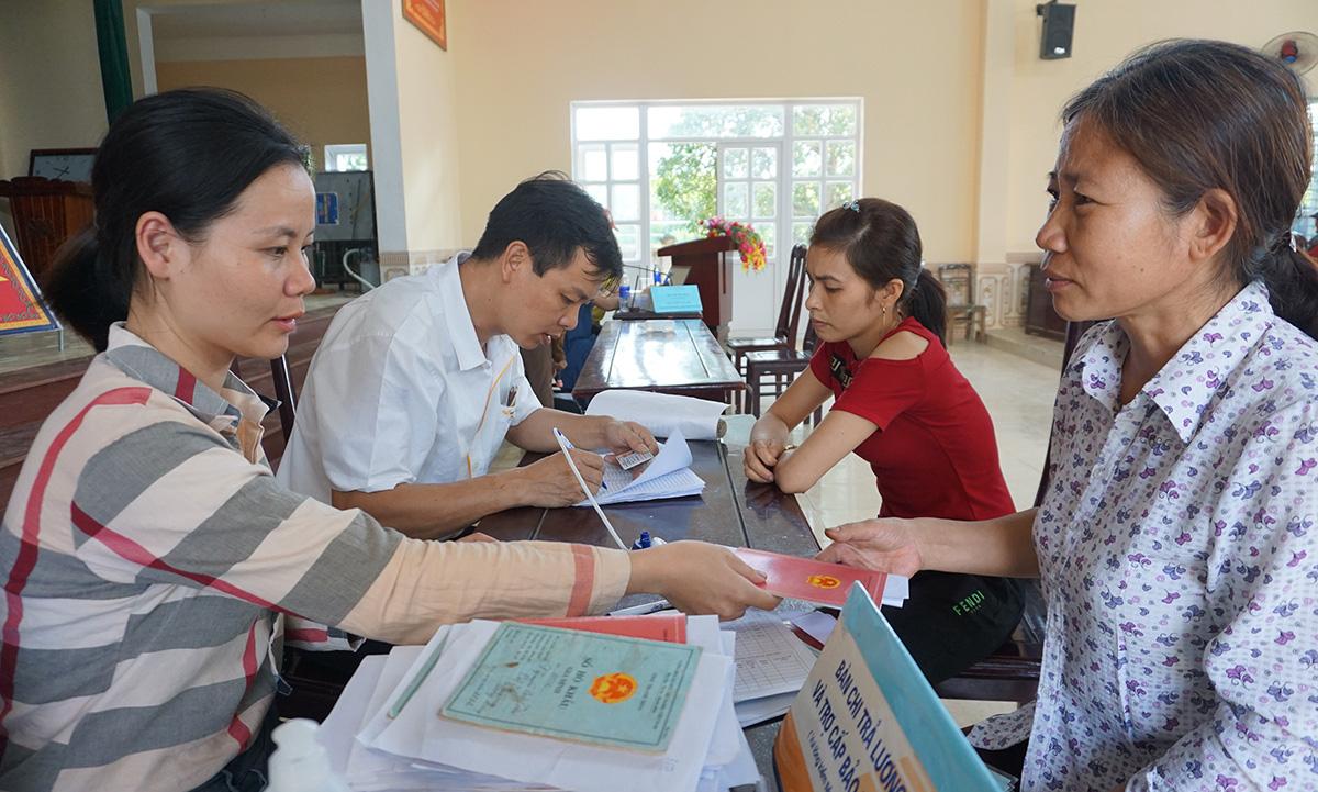 Lạng Sơn: Hơn 161 tỷ đồng tới tay các đối tượng gặp khó do dịch Covid- 19 - Ảnh 1.