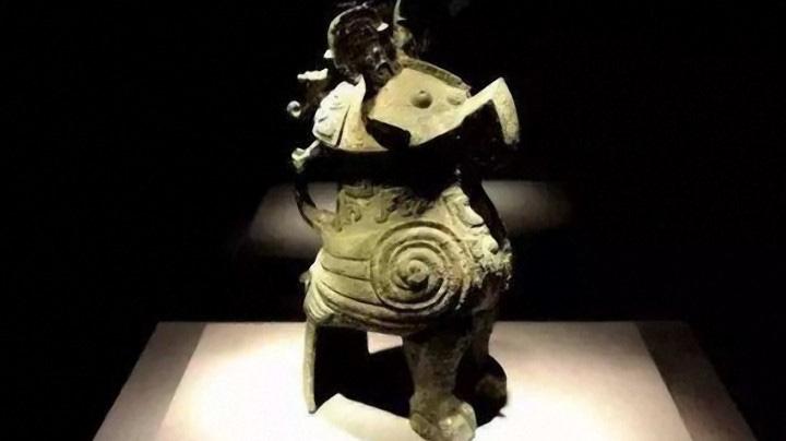 """Giải mã tại sao cú từng được coi là biểu tượng của """"Thần chiến tranh"""" và được thờ cúng thời cổ xưa - Ảnh 1."""