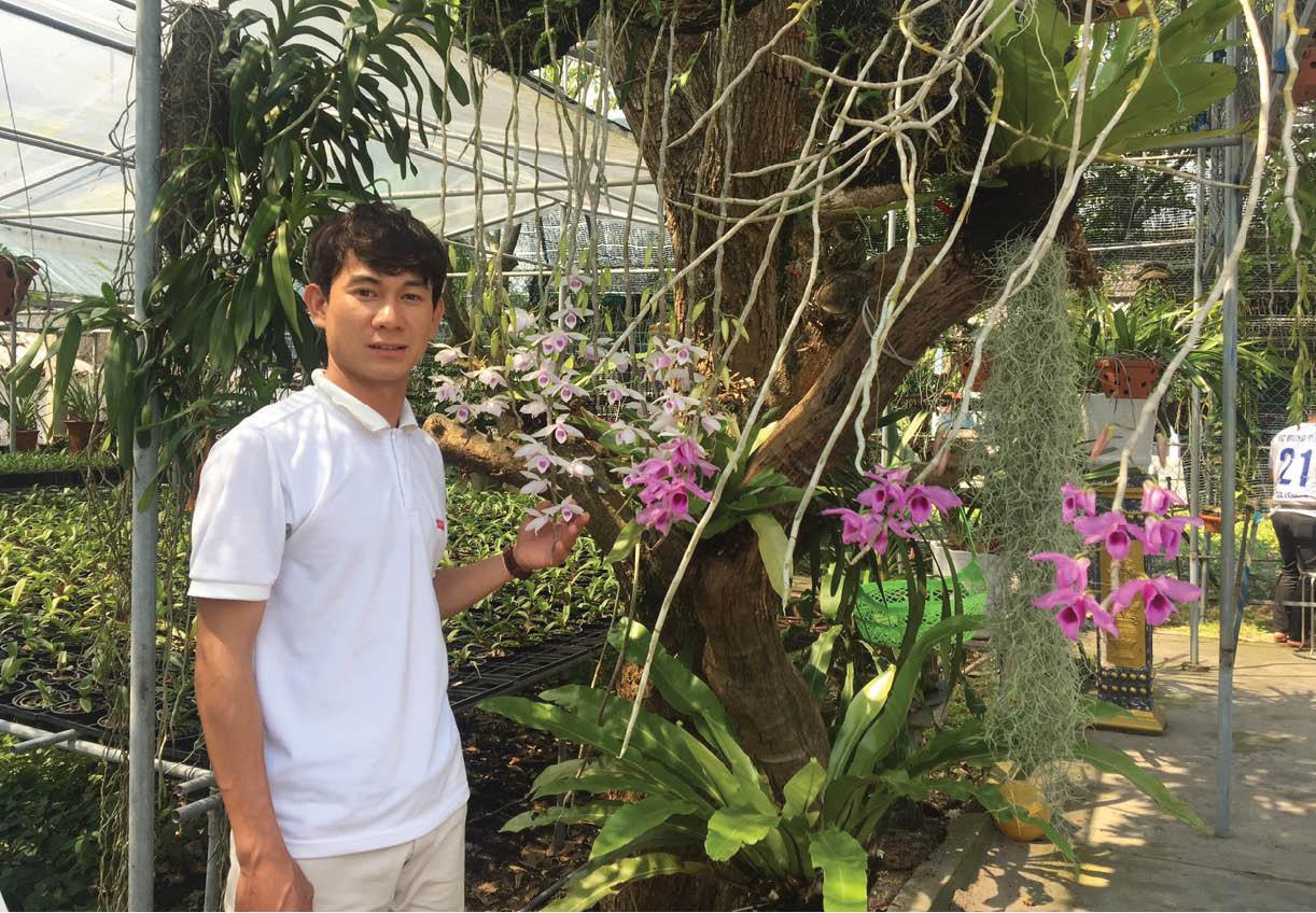 Trai đẹp xứ Huế với vườn lan rừng 2.000 giò vừa được công nhận nghệ nhân hoa lan ở tuổi 23 là ai? - Ảnh 1.