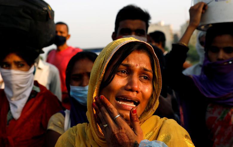 Người Ấn Độ tuyệt vọng muốn trở về nhà - Ảnh 2.