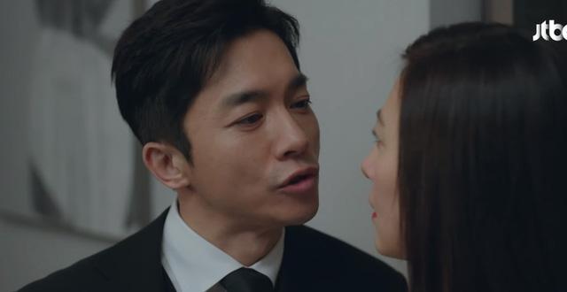 Je Hyuk vỗ mặt vợ bằng lời khẳng định không muốn có con với vợ.