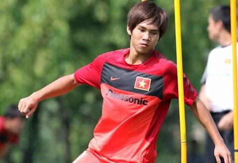 Nguyễn Thành Long Giang: HLV Calisto khuyên tôi quay trở lại bóng đá - Ảnh 1.